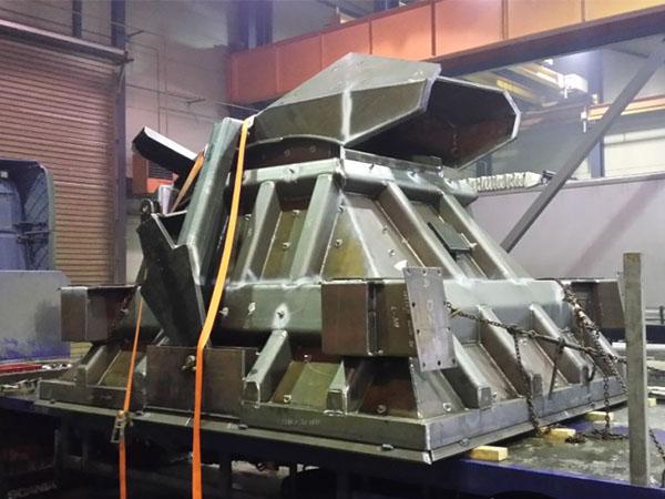amekus uab projektai nestandartiniai negabaritiniai metalo gaminiai gelezies rudos dozuojantis kausas