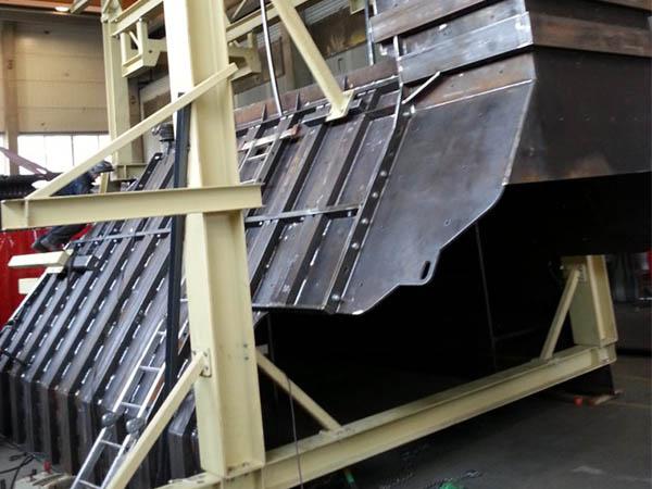 Surinktuvas, konvejerio plokstes ir irengimai skirti kalnakasybos pramonei